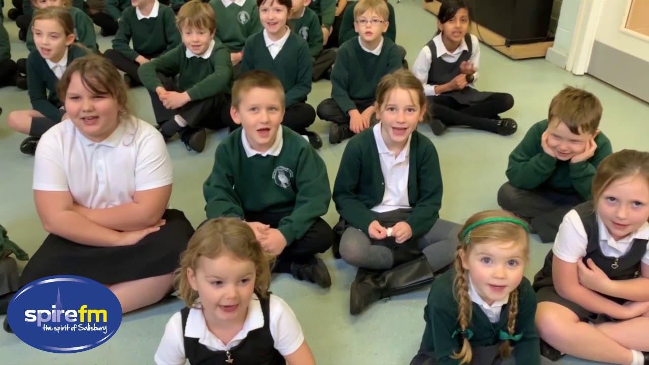Sleeps Til Santa 2018 - Dinton Primary School - 5 More Sleeps!